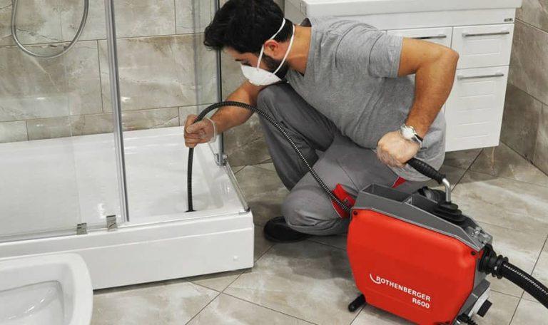 درآوردن گوشی از چاه توالت 09101702050 تنها با یک تماس فوری و سریع